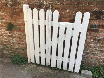 - New gate for the United Reformed Church